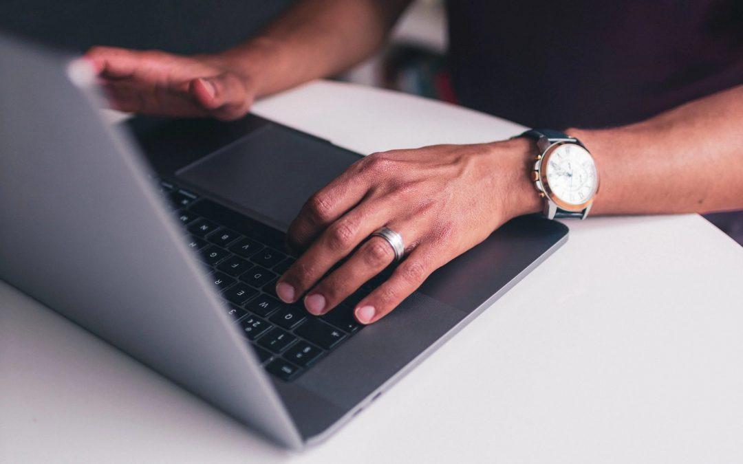 Comment un RMS aide à fidéliser les clients